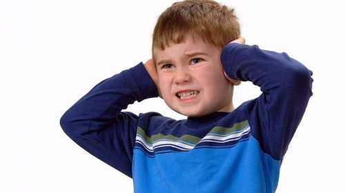 У больных детей могут появиться галлюцинации, навязчивые мысли или состояния