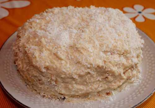 Восхитительный торт Рафаэлло со сгущенкой без выпечки